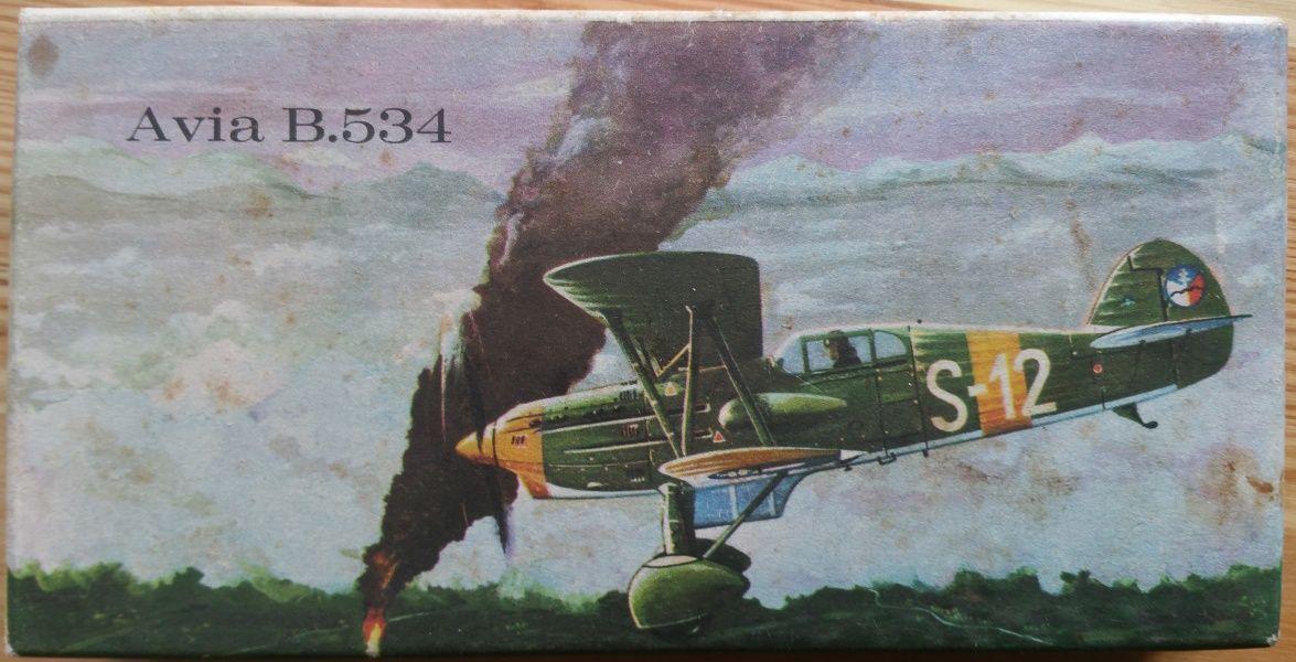 Avia B. 534 - Měřítko: 1/72 KOVOZÁVODY PROSTĚJOV